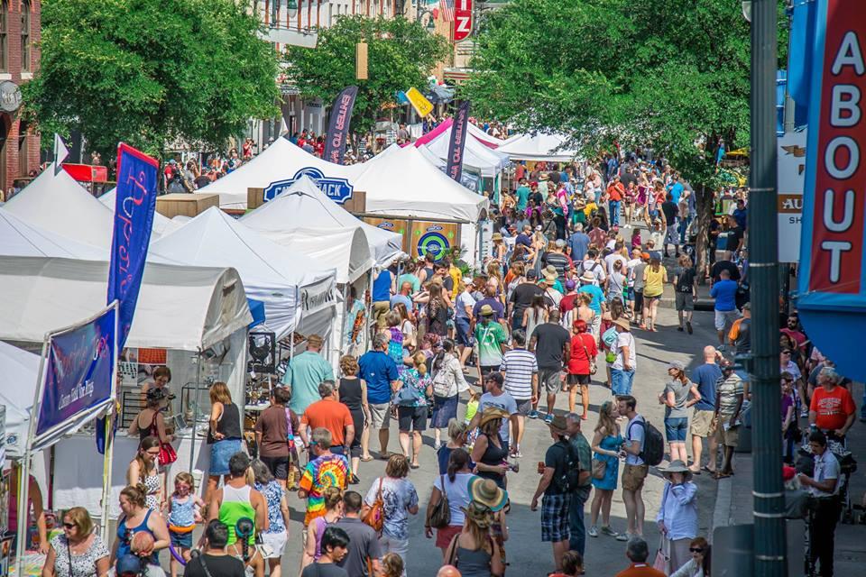 annual-fall-pecan-street-festival